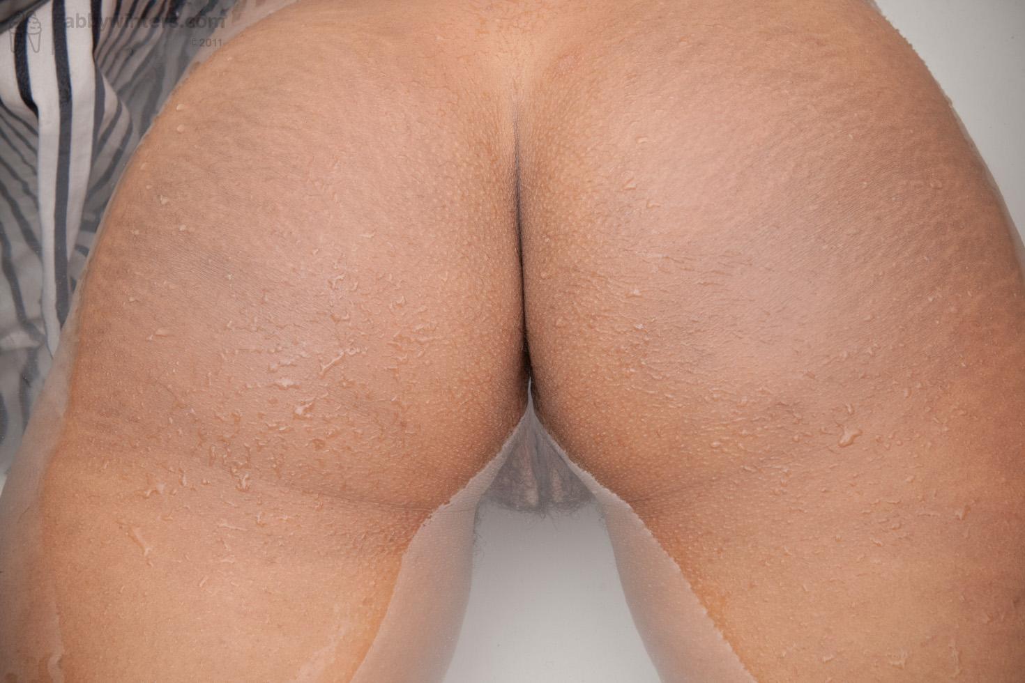 bathtub porn